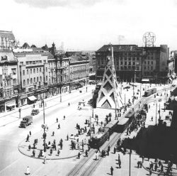 Trg Republike — 1947